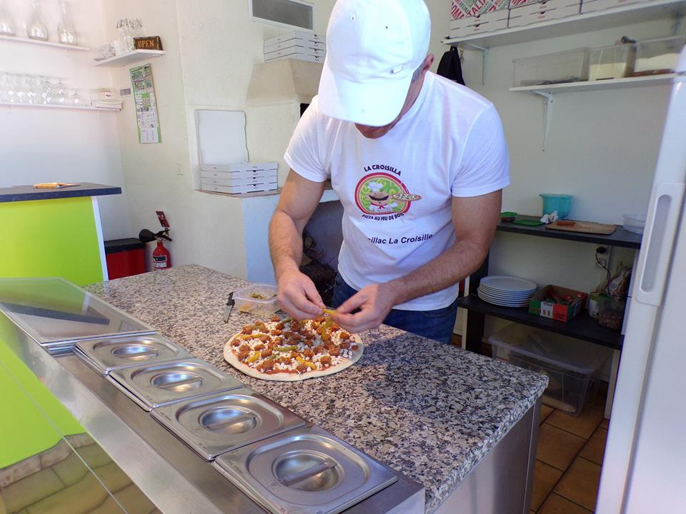 Preparation pizza
